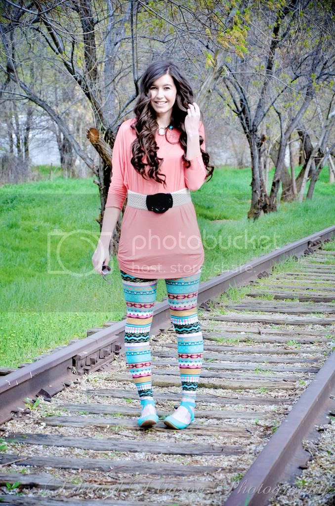weshoplately, aztec leggings, bohemian look, bohemian outfit, boho chic outfit, little nook boutique, long curly hair, ozeal glasses, ozeal sunglasses, pink tunic, shoplately, shoplately shoes,