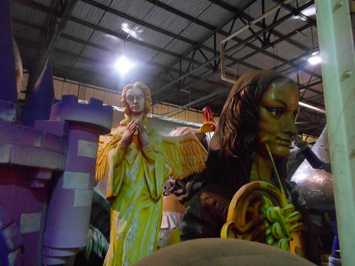 mardi gras world (8)