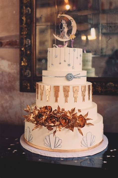 20 Deliciously Decadent Art Deco Wedding Cakes : Chic