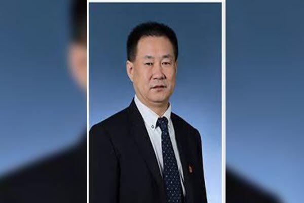 天津农商行党委书记殷金宝割腕自杀 网络图片