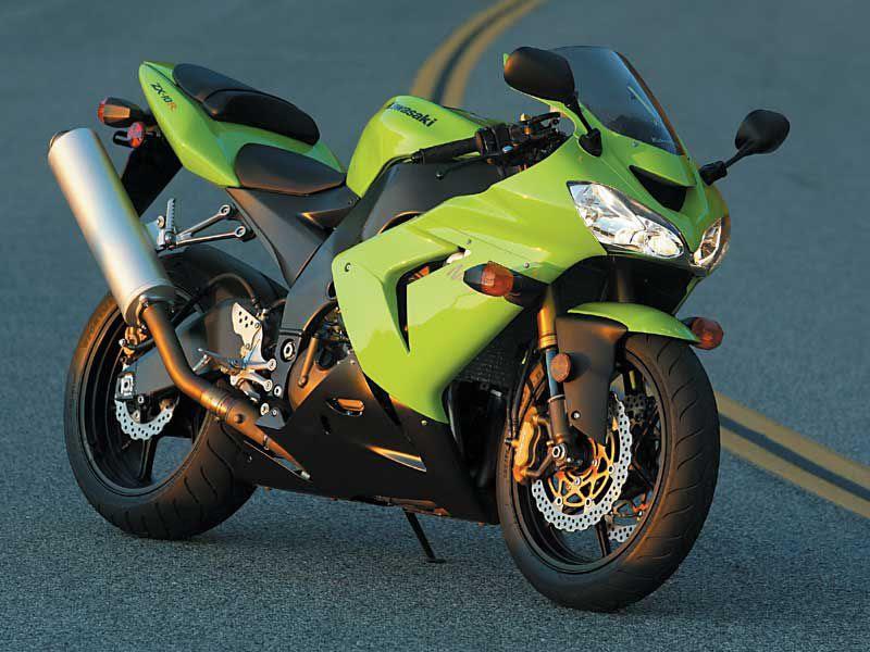 2004 Kawasaki Zx 10r Ninja Road Test Review Motorcyclist