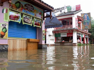 restaurants de yangshuo lors des inondations de juin 2008