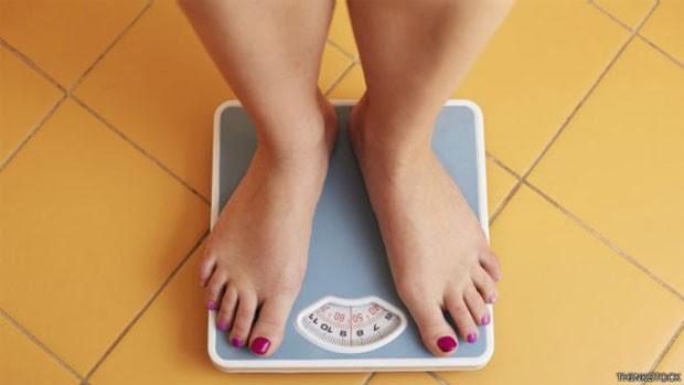 Cientistas dizem que perder apenas 5% do peso em um ano é mais fácil do que voltar ao peso normal  (Foto: Thinkstock)