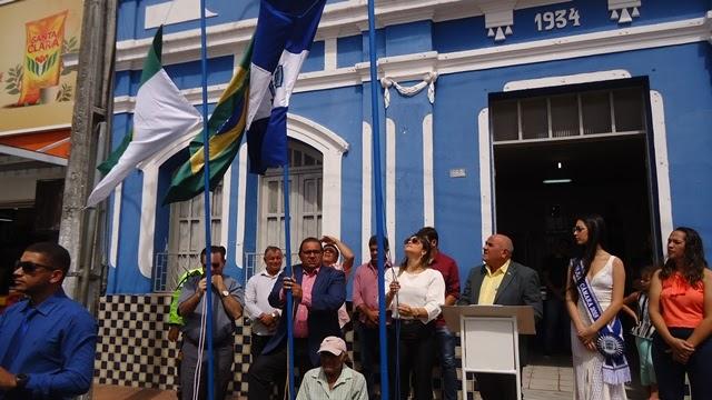 Solenidade de hasteamento das bandeiras abre a programação alusiva aos 90 anos de Emancipação Política ao município de João Câmara