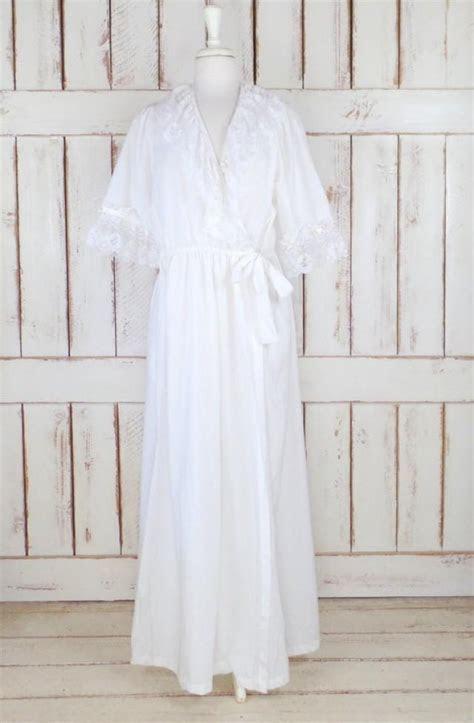 On Sale 15% Off   Vintage White Cotton Ruffle Lace