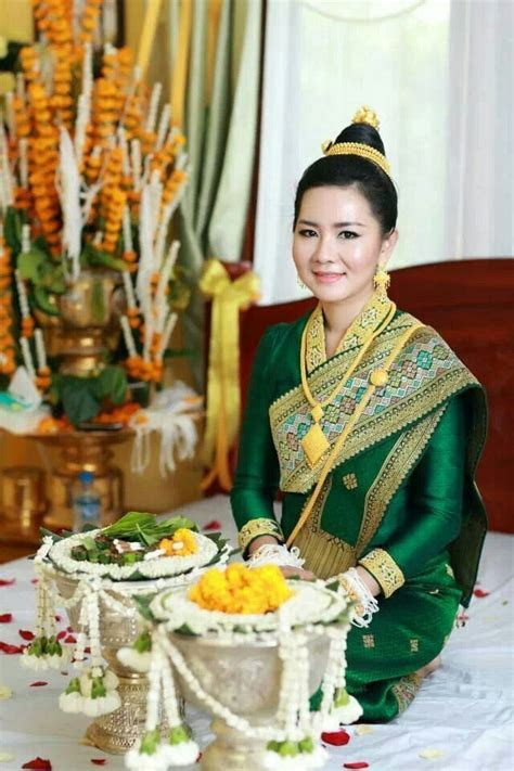 24 Best images about laos dress on Pinterest   Traditional