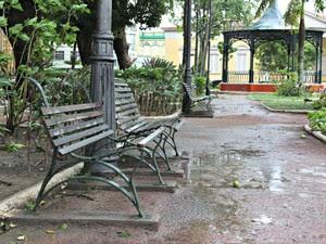 Praça Dom Pedro II (Foto: Adneison Severiano/G1 AM)