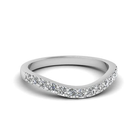0.70 Carat Pear Diamond Leaf Engagement Ring For Women In