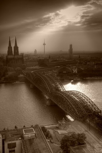 Köln by Joachim S. Müller
