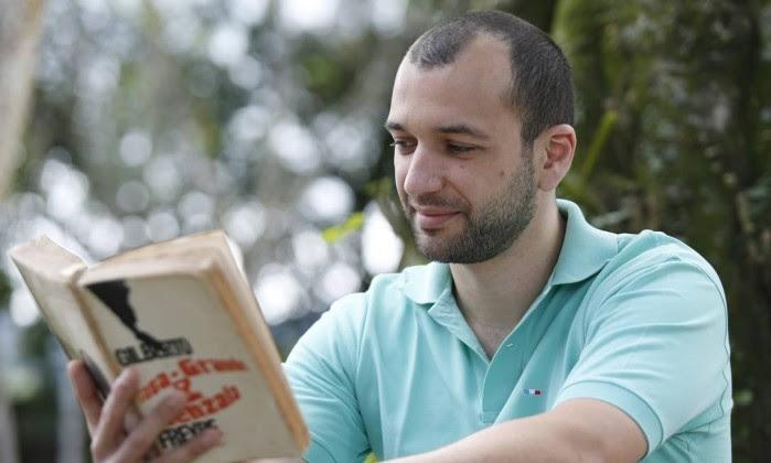 Candidato de pele branca e olhos verdes volta a ser aprovado por cotas em concurso do Itamaraty