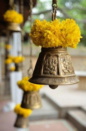 1000  ideas about Indian Wedding Flowers on Pinterest