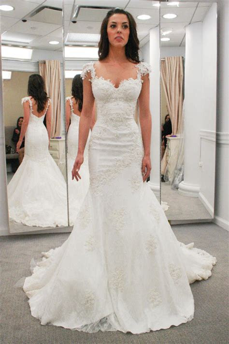 Yes Dress In Depth: Elizabeth   Say Yes to the Dress   TLC