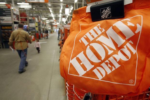 Caso ocorreu em uma loja da rede 'Home Depot' (Foto: Toby Talbot/AP)