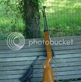http://i676.photobucket.com/albums/vv126/kennyrk2/airguns.jpg?t=1242929196