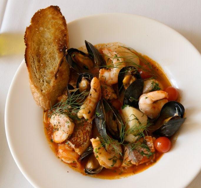 Recette italienne soupe de poisson et coquillages - cacciucco
