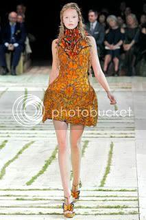 Alexander McQueen,Fashion Week,Fashion Trends,Spring