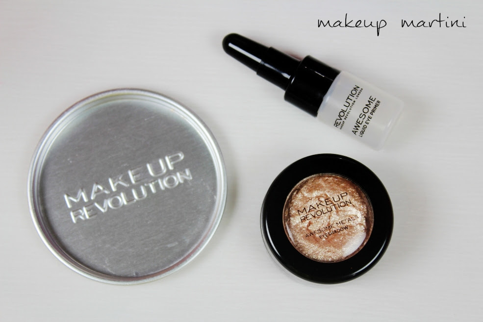 Makeup revolution eye foil