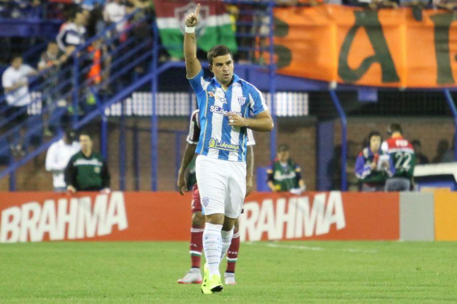 André Lima fez o gol da vitória do Ava¿¿ - Anderson Pinheiro/Mafalda Press/Folhapress