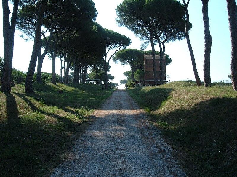 File:Parco Tombe della Via Latina 22.JPG