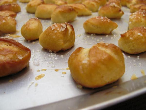 Soft Pretzel Bites Cupcakes Robots
