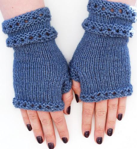 Little Blue Wristlets: Finished!
