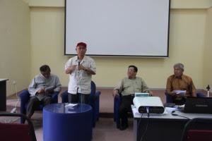 En. Wahab ~ wakil Datuk Masidi Manjun merasmikan program tersebut...