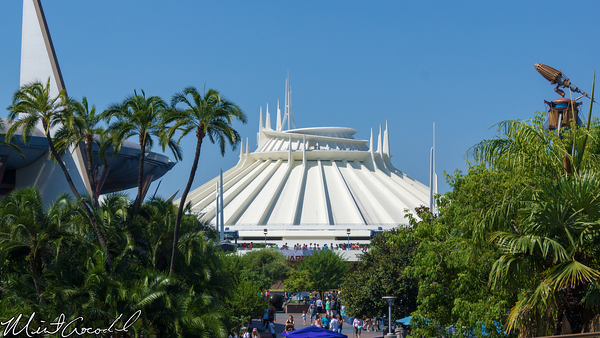 Disneyland Resort, Space Mountain