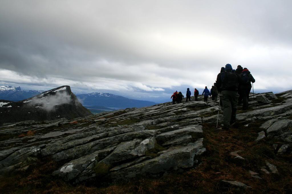 På veg mot Terdalskeipen - har passert varden på Akslaskaret. Den keipen i bildet heter Klauekeipen - som da er mål for neste tur, tjo-ho!