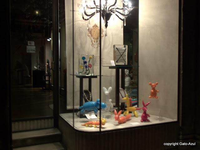 Window Shopping In Venice