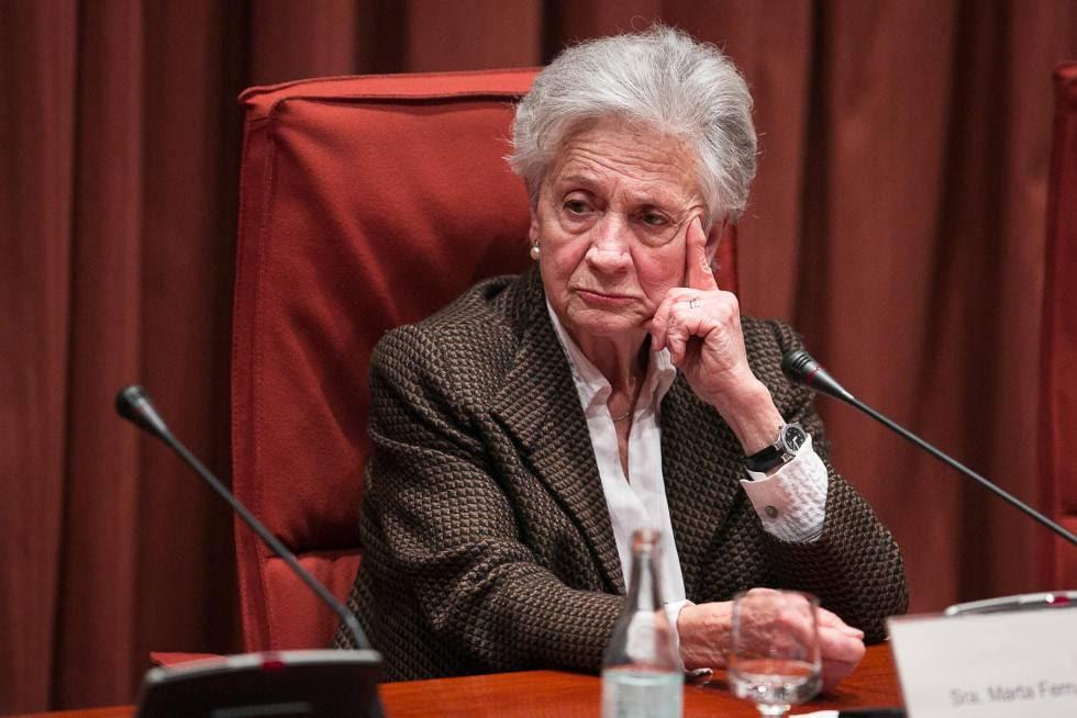 Marta Ferrusola, cuando compareció en febrero de 2015 ante la comisión anticorrupción del Parlamento catalán.