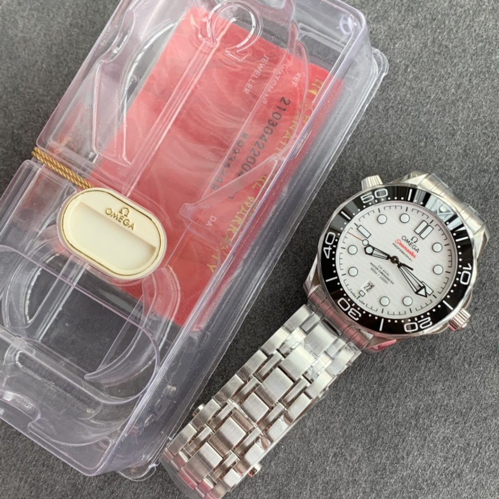 OMF Packaging for Omega Seamaster