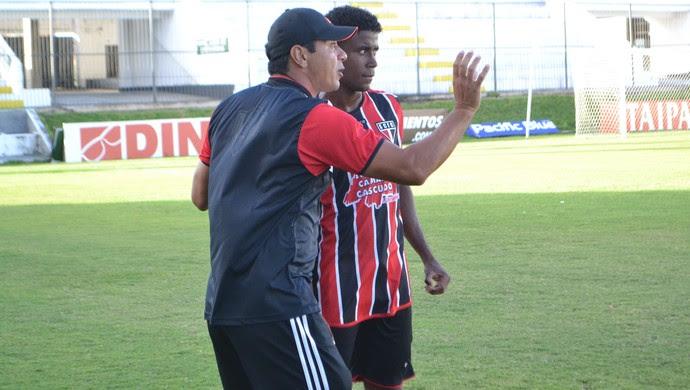 Edmar Pereira - técnico do Santa Cruz de Natal (Foto: Jocaff Souza/GloboEsporte.com)