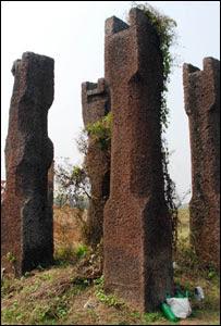 Pillars (Pic: Sanjib Mukherjee)