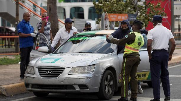 APRESAN 765 PERSONAS POR CIRCULAR EN LAS CALLES EN HORARIO DE TOQUE DE QUEDA
