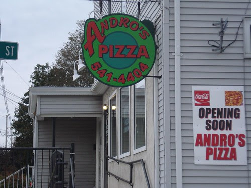 Franklin: New sign for Andro's Pizza