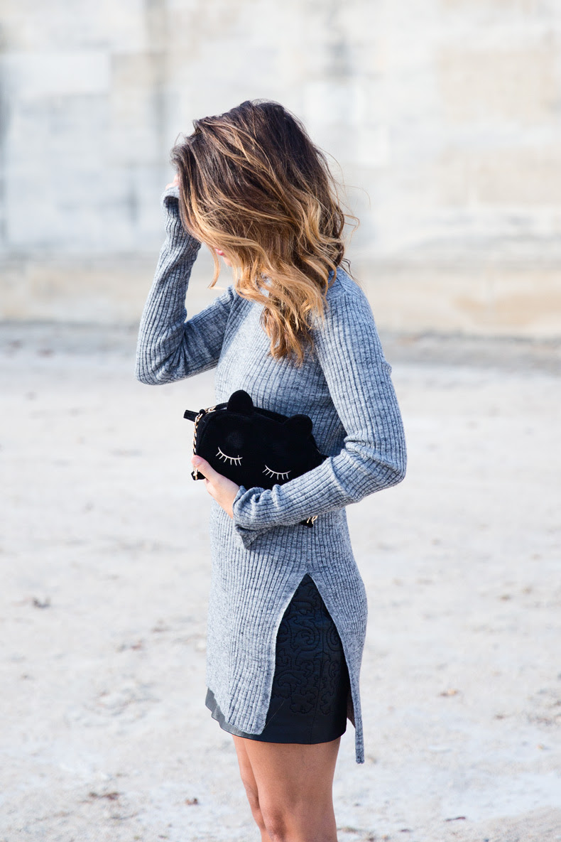 Black_Leather_Skirt-Brogues-Grey_Top-Cat_Bag-Outfit-Street_Style-Paris_Fashion_Week-PFW-12
