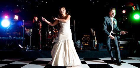 Hiring a Wedding Band in South Wales   Wedding Band South