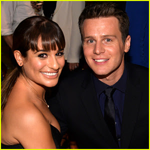 Lea Michele Cooks for BFF Jonathan Groff: 'Date Night!