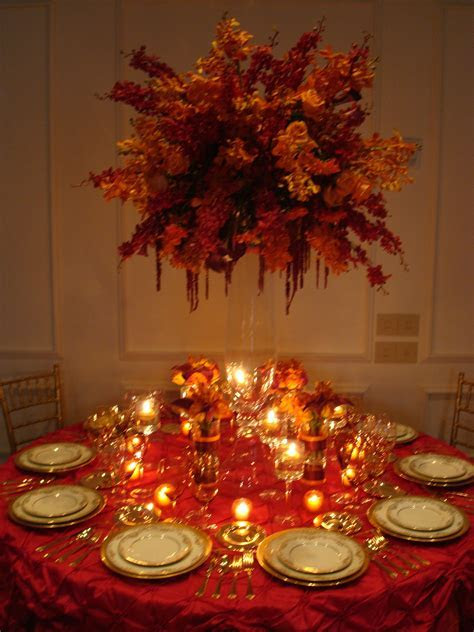 Table decorations on Pinterest   Christmas Table Settings