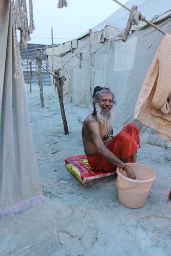 I Reach Allahabad Sector 5 ..Meet My Guru Bathing in Cold Water by firoze shakir photographerno1