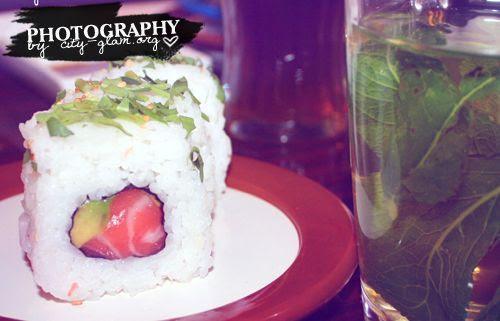 http://i402.photobucket.com/albums/pp103/Sushiina/dailysushi.jpg