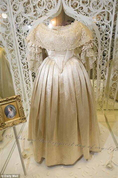 Queen Victoria?s wedding veil   The Enchanted Manor