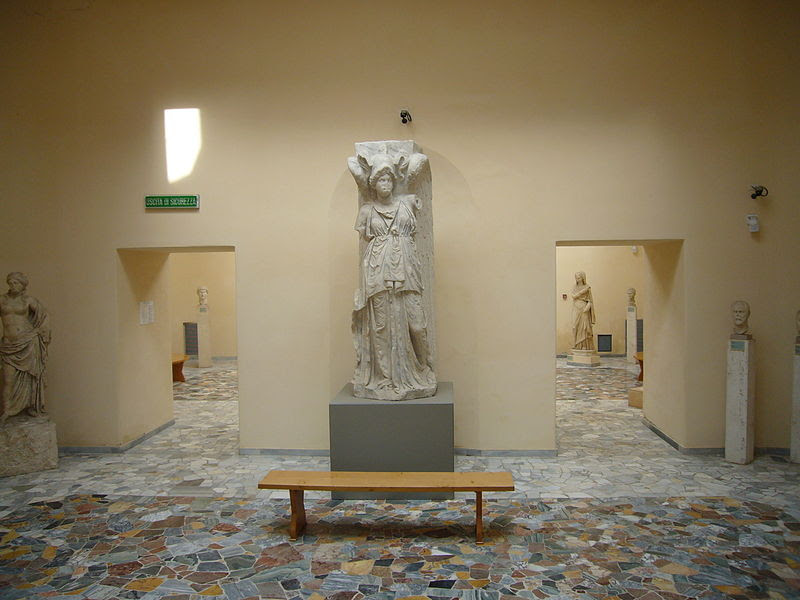 File:Ostia Antica - museo 1050467.JPG