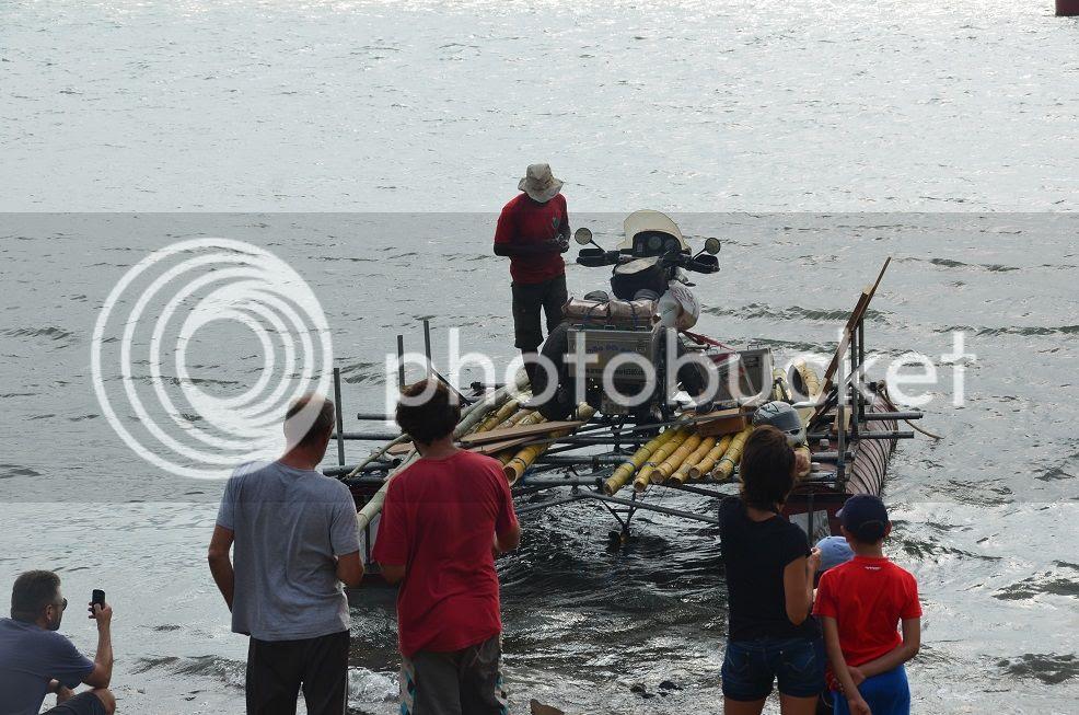 cross the darien gap by self-made boat