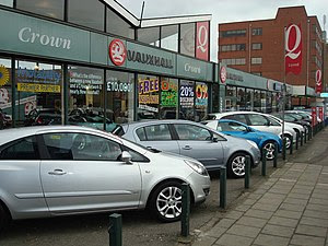 English: Car Dealer, Eastern Avenue, Gants Hill