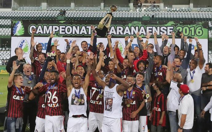Atlético-PR campeão (Foto: Giuliano Gomes/ Agência PR PRESS)