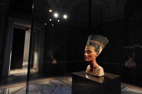 El busto que se expone desde finales de 2009 en el Museo Nuevo de Berlín. | John Macdougall