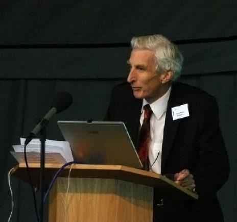 Martin Rees at Jodrell Bank in 2007