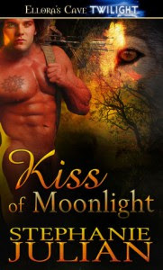 Kiss of Moonlight - Stephanie Julian