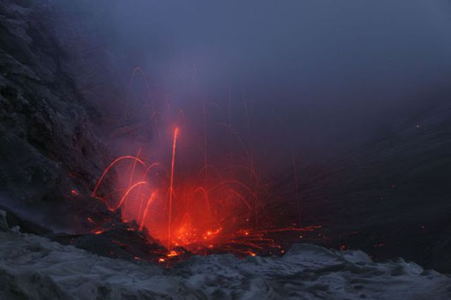 The Beauty of a Volcano (36 pics)